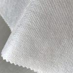WF1 / O4TO5 60 g / m2 SS + TPU Polypropyleen niet-geweven stof voor wegwerpbare civiele beschermende kleding