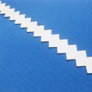 100% polyester dobby raster jacquard pongee stof met waterdichte PU coating voor jack of sportkleding